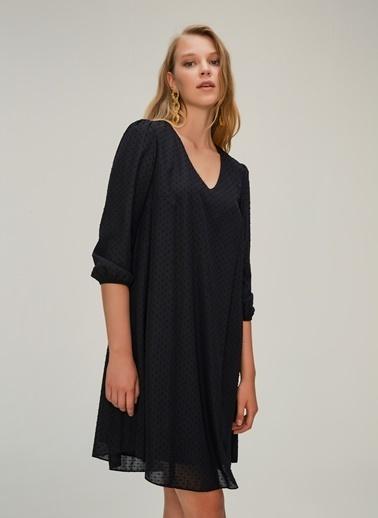NGSTYLE Kumaş Detaylı Rahat Fit Elbise Siyah